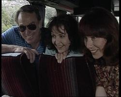 Doug Willis, Pam Willis, Bunny Lawson in Neighbours Episode 2068
