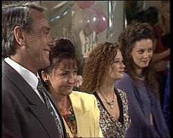 Doug Willis, Pam Willis, Cody Willis, Gaby Willis in Neighbours Episode 2068