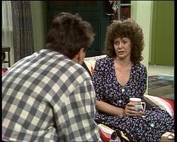 Mark Gottlieb, Lorraine Foster in Neighbours Episode 2068