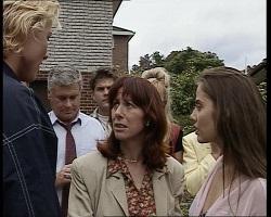 Brad Willis, Lou Carpenter, Mark Gottlieb, Bunny Lawson, Annalise Hartman, Beth Brennan in Neighbours Episode 2068