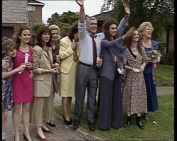Hannah Martin, Julie Robinson, Bunny Lawson, Helen Daniels, Pam Willis, Lou Carpenter, Gaby Willis, Cody Willis, Cheryl Star in Neighbours Episode 2068