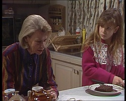 Helen Daniels, Hannah Martin in Neighbours Episode 2240