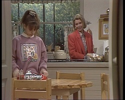 Hannah Martin, Helen Daniels in Neighbours Episode 2251
