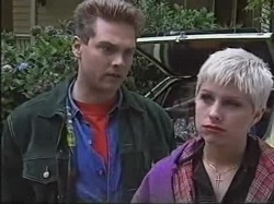Mark Gottlieb, Lucy Robinson in Neighbours Episode 2388