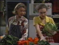 Helen Daniels, Debbie Martin in Neighbours Episode 2767
