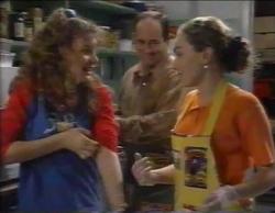 Hannah Martin, Philip Martin, Debbie Martin in Neighbours Episode 2768