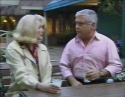 Madge Bishop, Lou Carpenter in Neighbours Episode 2768