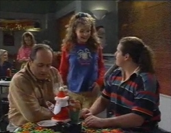 Philip Martin, Hannah Martin, Toadie Rebecchi in Neighbours Episode 2769