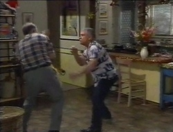 Harold Bishop, Lou Carpenter in Neighbours Episode 2771