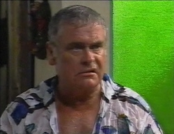 Lou Carpenter in Neighbours Episode 2771