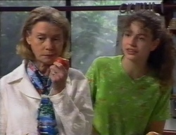 Helen Daniels, Hannah Martin in Neighbours Episode 2771