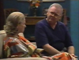 Helen Daniels, Harold Bishop in Neighbours Episode 2794
