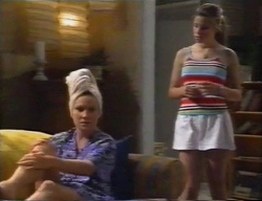 Ruth Wilkinson, Anne Wilkinson in Neighbours Episode 2794