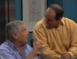 Lou Carpenter, Philip Martin in Neighbours Episode 2795