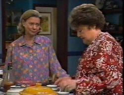 Helen Daniels, Marlene Kratz in Neighbours Episode 2795