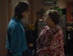 Darren Stark, Marlene Kratz in Neighbours Episode 2795