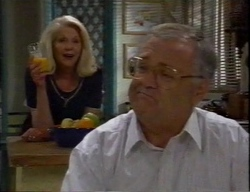 Madge Bishop, Harold Bishop in Neighbours Episode 2796