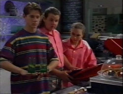 Lance Wilkinson, Toadie Rebecchi, Debbie Martin in Neighbours Episode 2796