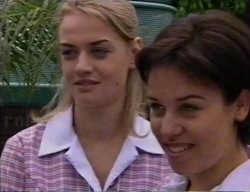 Kelly, Vicky in Neighbours Episode 2797