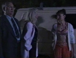 Harold Bishop, Madge Bishop, Kandii in Neighbours Episode 2797
