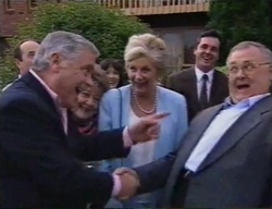 Philip Martin, Lou Carpenter, Marlene Kratz, Susan Kennedy, Madge Bishop, Karl Kennedy, Harold Bishop in Neighbours Episode 2798