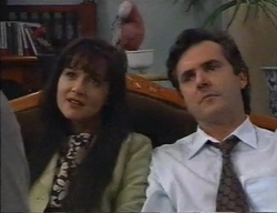 Susan Kennedy, Dahl, Karl Kennedy in Neighbours Episode 2798