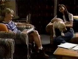 Ruth Wilkinson, Susan Kennedy, Bonnie in Neighbours Episode 2799