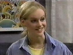 Lisa Elliot in Neighbours Episode 2799