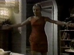 Ruth Wilkinson in Neighbours Episode 2800