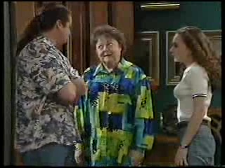 Toadie Rebecchi, Marlene Kratz, Debbie Martin in Neighbours Episode 2894