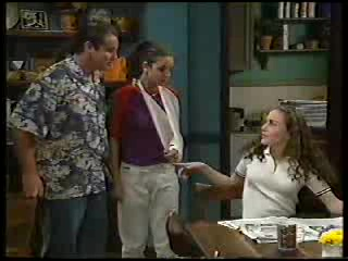 Toadie Rebecchi, Hannah Martin, Debbie Martin in Neighbours Episode 2894