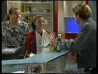Toadie Rebecchi, Hannah Martin, Lance Wilkinson in Neighbours Episode 2894