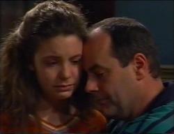 Hannah Martin, Philip Martin in Neighbours Episode 2968
