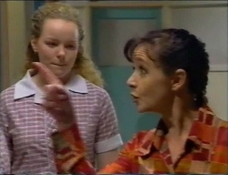 Jacinta Myers, Susan Kennedy in Neighbours Episode 2968