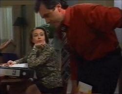 Libby Kennedy, Karl Kennedy in Neighbours Episode 2969