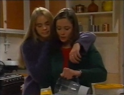 Mandi Rodgers, Caitlin Atkins in Neighbours Episode 2969
