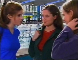 Anne Wilkinson, Caitlin Atkins, Mandi Rodgers in Neighbours Episode 2969