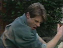 Lance Wilkinson in Neighbours Episode 2971