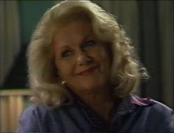 Madge Bishop in Neighbours Episode 2971
