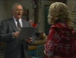 Harold Bishop, Madge Bishop in Neighbours Episode 2971