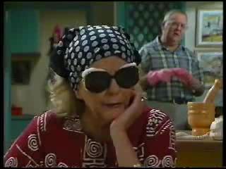 Madge Bishop, Harold Bishop in Neighbours Episode 3044