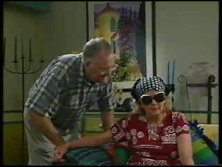 Harold Bishop, Madge Bishop in Neighbours Episode 3044