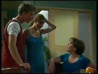 Billy Kennedy, Anne Wilkinson, Libby Kennedy in Neighbours Episode 3044