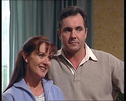 Susan Kennedy, Karl Kennedy in Neighbours Episode 3419