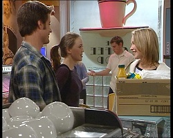 Drew Kirk, Libby Kennedy, Steph Scully in Neighbours Episode 3419