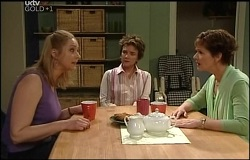 Janelle Timmins, Lyn Scully, Susan Kennedy in Neighbours Episode 4691