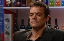 Paul Robinson in Neighbours Episode 4691