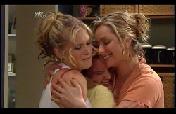 Janae Timmins, Bree Timmins, Janelle Timmins in Neighbours Episode 4978