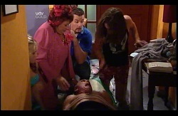 Janae Timmins, Angie Rebecchi, Toadie Rebecchi, Kim Timmins, Dylan Timmins in Neighbours Episode 4978