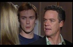 Izzy Hoyland, Robert Robinson, Paul Robinson in Neighbours Episode 4978